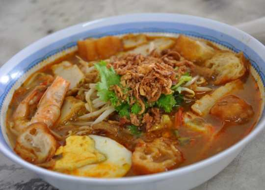 Seafood-Curry-Laksa-from-Malaysia