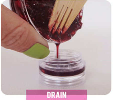 berry-lip-balm-diy-step-4