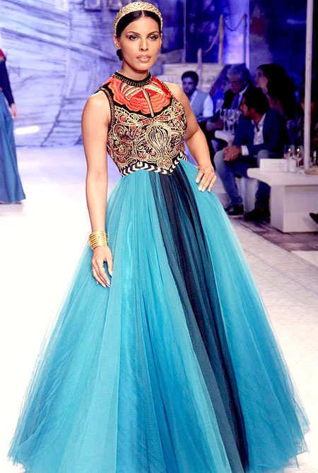 celeb-india-bridal-fashion-week-6