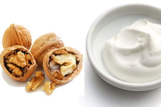 dark-neck-home-remedies-walnut-yogurt-paste