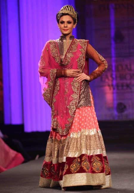 indian-bridal-fashion-week-london-1