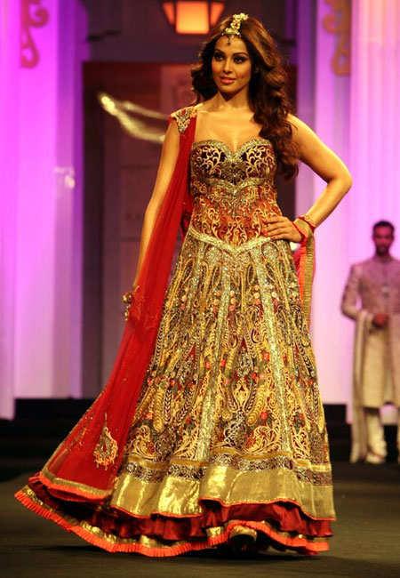 indian-bridal-fashion-week-london-2