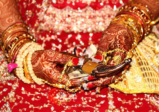 14 Interesting Indian Wedding Beliefs and Superstitions ...