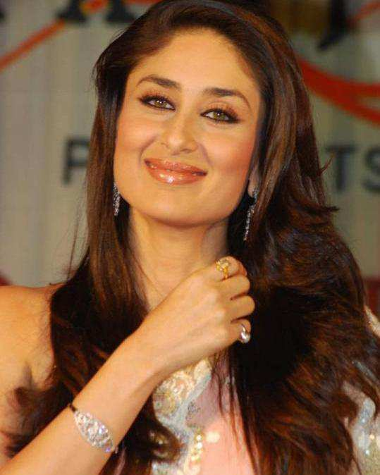 An Indian Girls Guide To Hair Color - Hair colour kareena kapoor