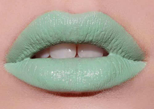 mint-color-trending-this-season-17