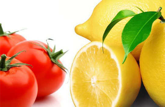 skin-blemishes-home-remedies-tomato-lemon