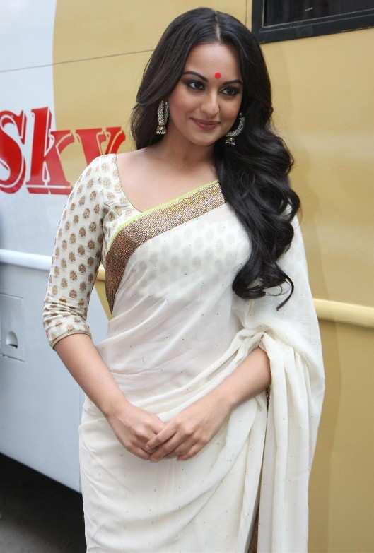 sonakshi-sinha-in-white-sari