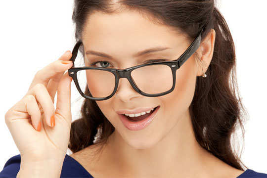 e56d7f9b8c1c 9 Home Remedies to Remove Spectacle Marks on Nose