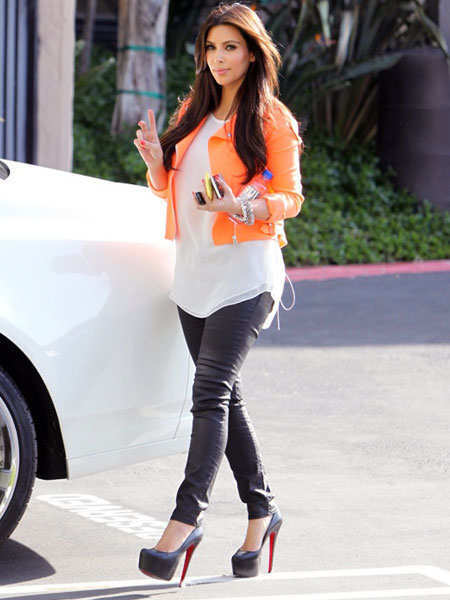 trend-report-on-fashion-bright-hued-jackets-2