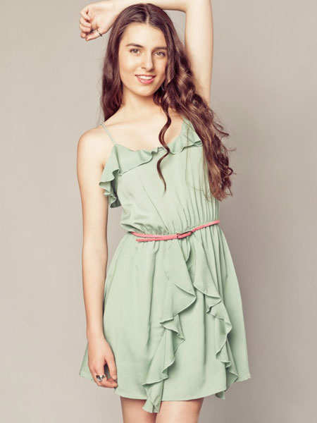 trend-report-on-fashion-reslient-ruffles-peppermint