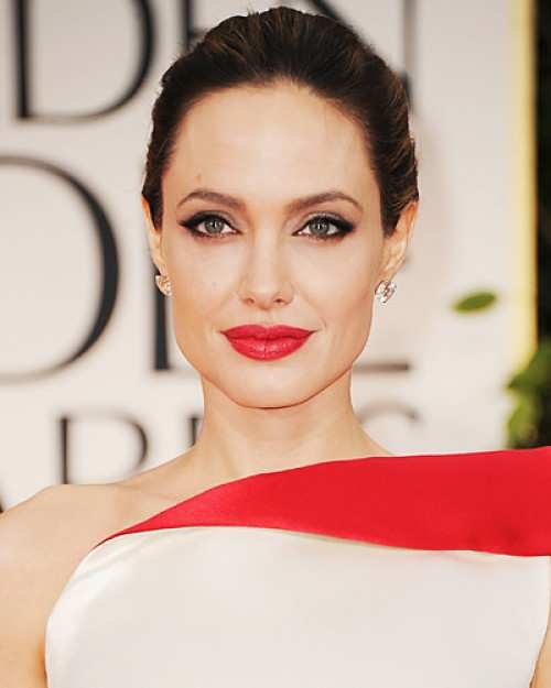 Angelina-Jolie-in-red
