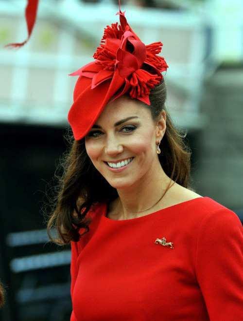 Kate-Middleton-red-hat