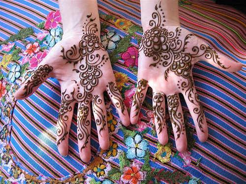 Mehndi-Designs-rakhi-1