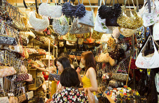 Top 11 cheap things to shop in bangkok for Buy things for cheap