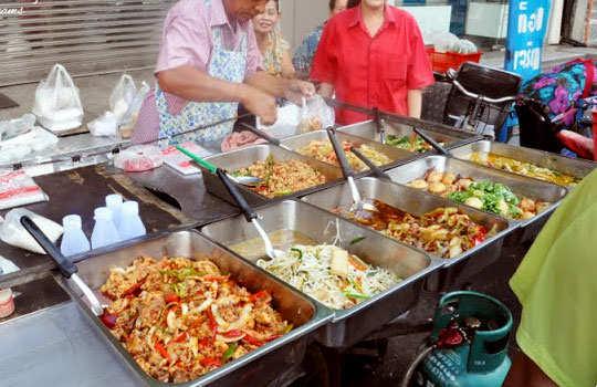 bangkok-shopping-street-food-1