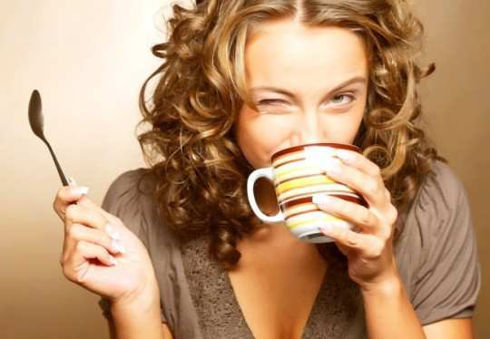 girl-drinking-dark-coffee