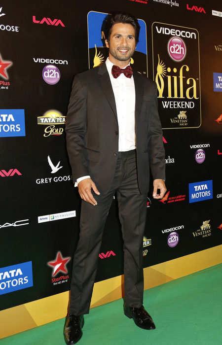 iifa-2013-best-dressed-celebs-shahid-kapoor