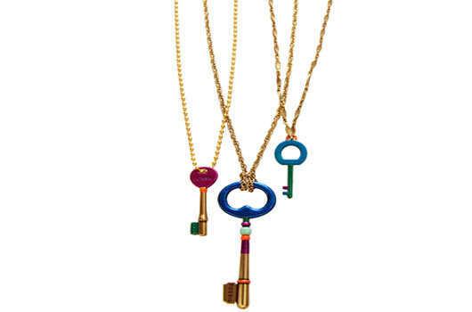 key-neckpiece-diy-main