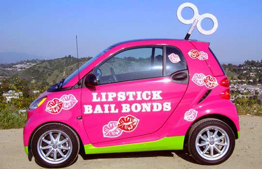 lipstick-bail-bonds-agent-2