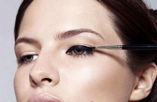 liquid-eye-liner-benefits-1