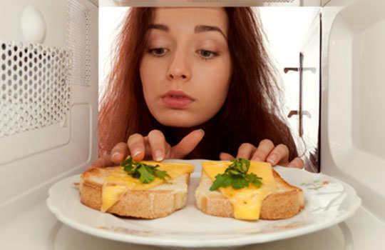 surprising-uses-of-microwave-main-image
