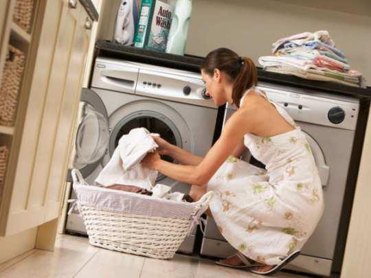 washing-machine-woman