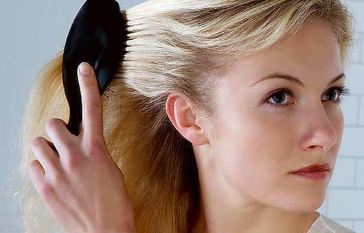 worst-hair-care-habits-hair-combing-brushing