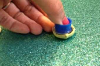 DIY-Colourful-Stud-Earrings-step-5
