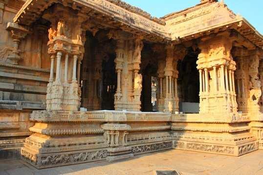 Hampi, musical-pillars-at-Vithal-Temple