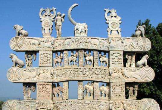 Sculptures-at-Northern-Gateway-Sanchi