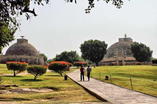 Stupas-at-Sanchi