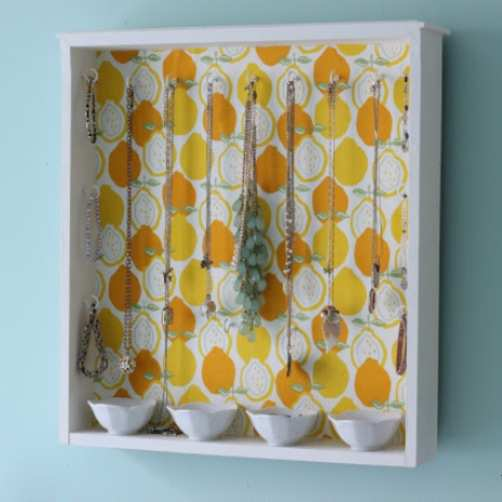Wall-Mounted-Box-Jewellery-Holder