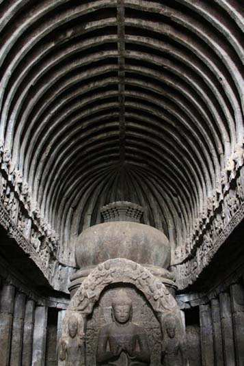 ceiling-in-solid-rock-ellora-caves-aurangabad