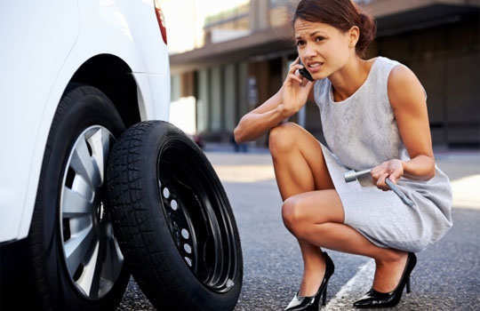 driving-safety-tips-for-women-drive-alone-5