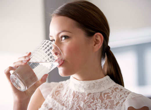 dry-cough-home-remedies-warm-water