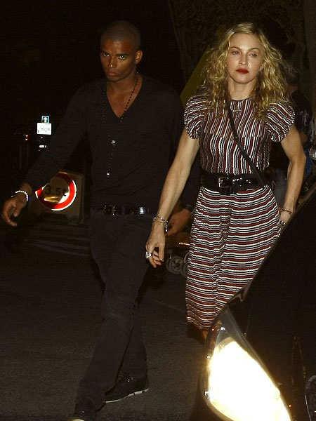 odd-celebritiy-couples-10