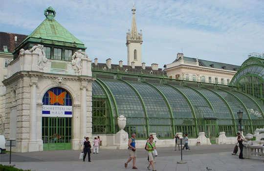 romantic-destinations-to-propose-vienna