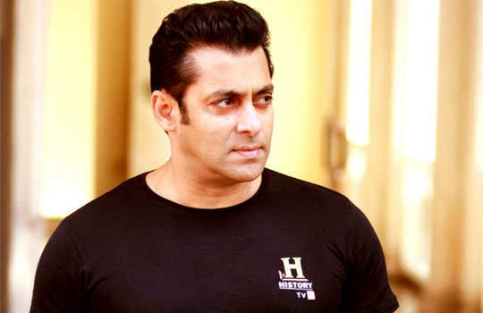 stars-who-turned-singers-bollywood-salman