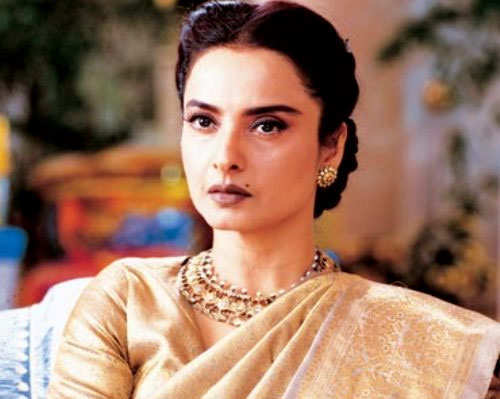 step-moms-bollywood-rekha