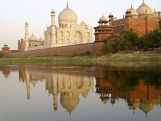 taj-mahal-river-view-agra