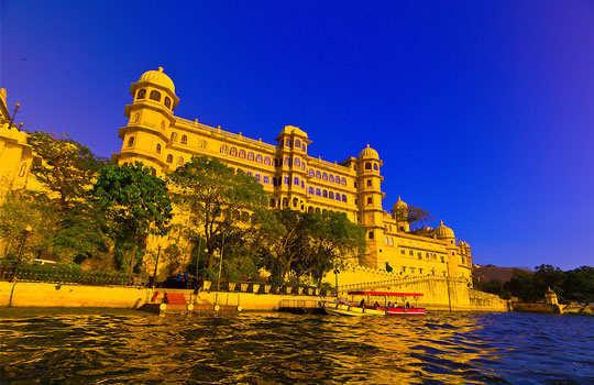 udaipur-tour-city-palace-1