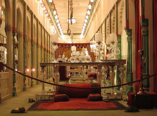 udaipur-tour-city-palace-fateh-prakash-palace