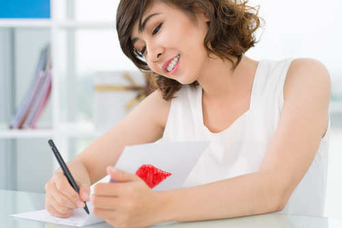woman-writing-love-letter