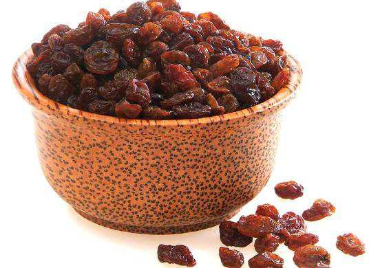 Copy of Raisin-for-constipation
