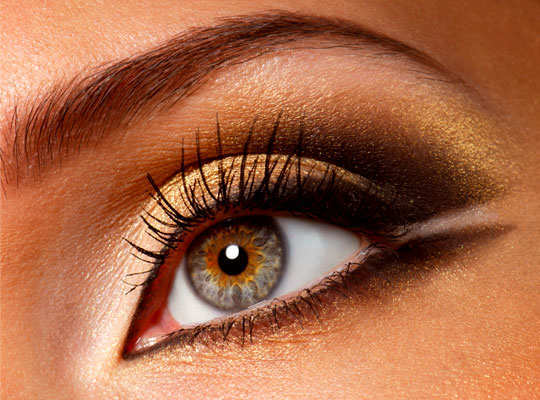 festival-season-make-up-tips-eyes