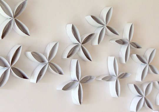 toilet-paper-roll-wall-hanging-diy-step-7