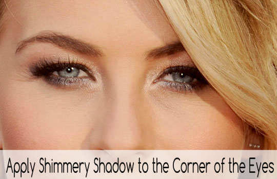 unconventional-makeup-tips-shimmer-eyeshadow