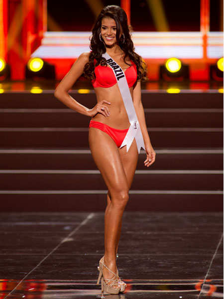 final-predictions-miss-universe-2013-miss-brazil-1