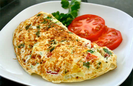 tasteful-breakfast-ideas-for-weight-loss-omelet