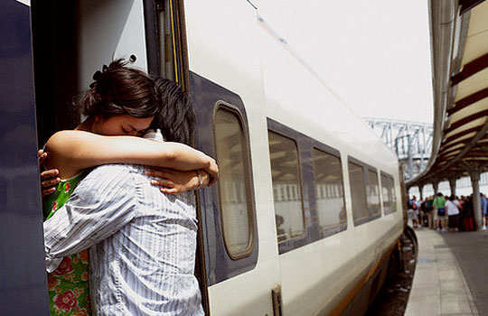 tricks-to-keep-the-charm-of-long-distance-relationship-alive-2